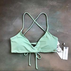 NWT O'NEILL Swim Saltwater Solid Bikini Top Bra